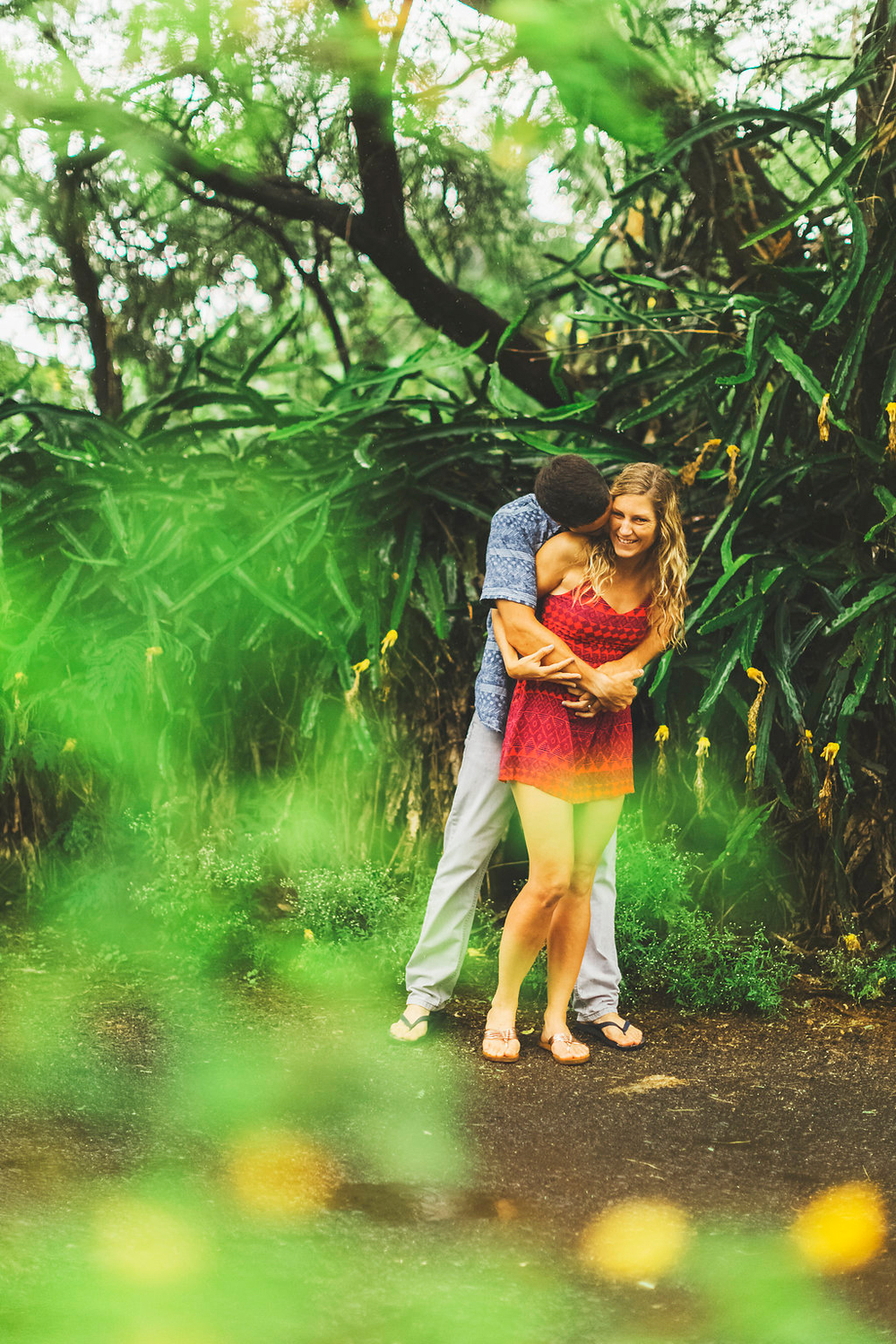 angie-diaz-photography-maui-engagement-sarah-mathias-2.jpg