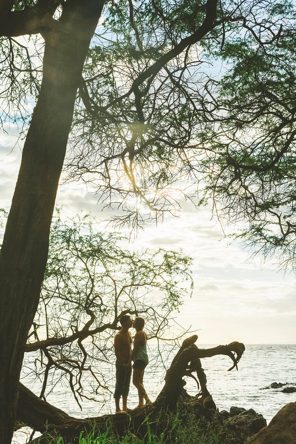 angie-diaz-photography-maui-engagement-sarah-mathias-19.jpg