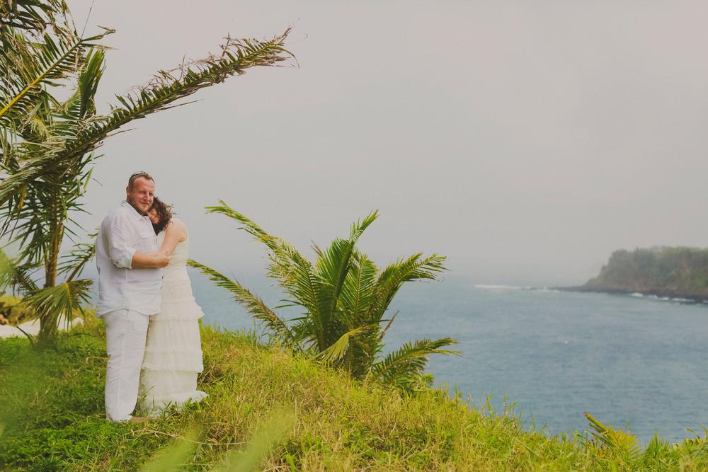 angie-diaz-photography-maui-elopement-pamela-jorg-29.jpg