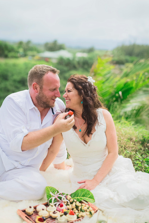 angie-diaz-photography-maui-elopement-pamela-jorg-32.jpg