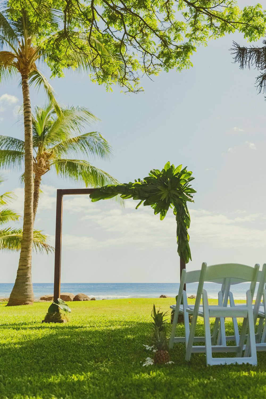angie-diaz-photography-olowalu-plantation-wedding-crisna-brandon-9.jpg