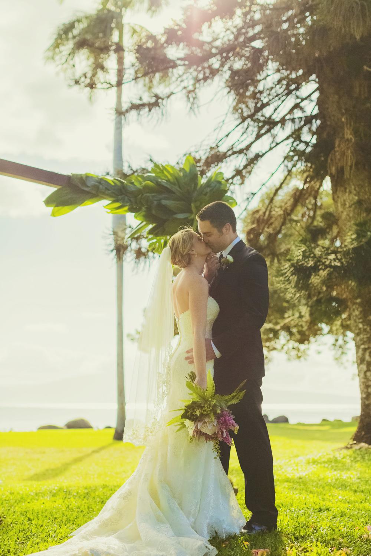 angie-diaz-photography-olowalu-plantation-wedding-crisna-brandon-17.jpg