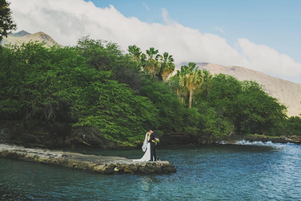angie-diaz-photography-olowalu-plantation-wedding-crisna-brandon-20.jpg