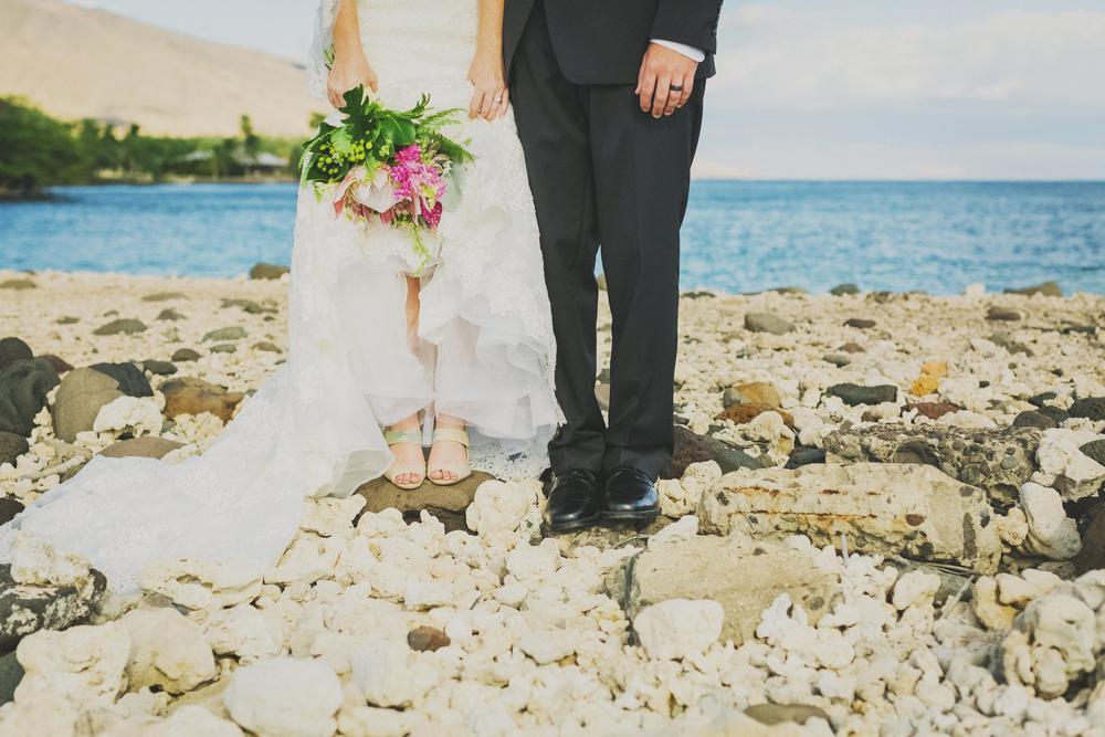 angie-diaz-photography-olowalu-plantation-wedding-crisna-brandon-23.jpg