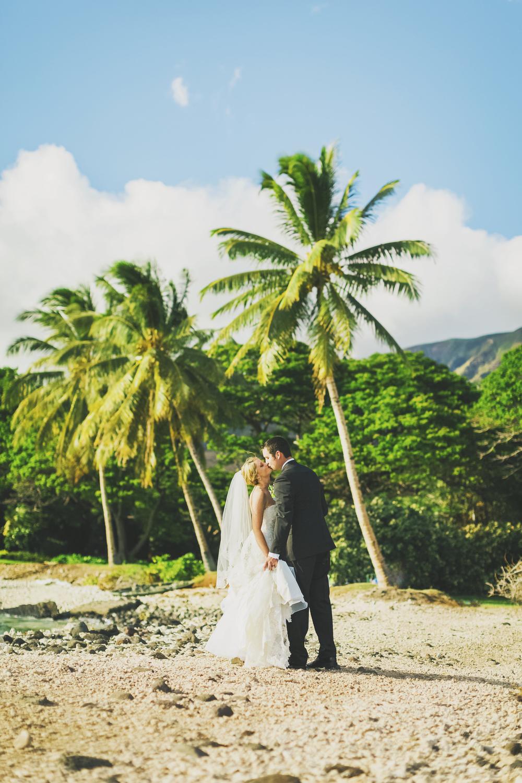 angie-diaz-photography-olowalu-plantation-wedding-crisna-brandon-24.jpg
