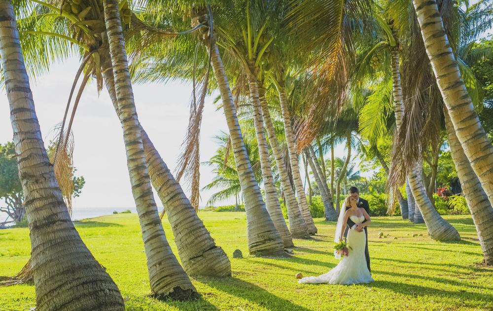 angie-diaz-photography-olowalu-plantation-wedding-crisna-brandon-31.jpg