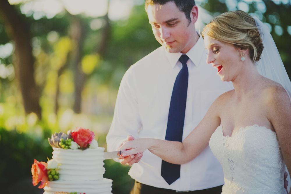 angie-diaz-photography-olowalu-plantation-wedding-crisna-brandon-40.jpg