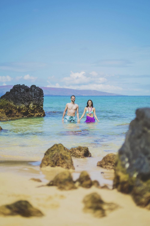 angie-diaz-photography-maui-beach-honeymoon-photographer-17.jpg