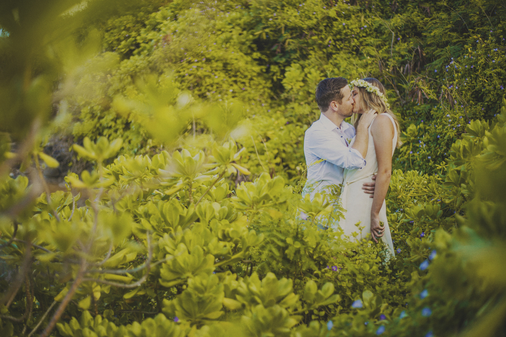 angie-diaz-photography-maui-elopement-oneloa-ironwoods-beach-23.jpg