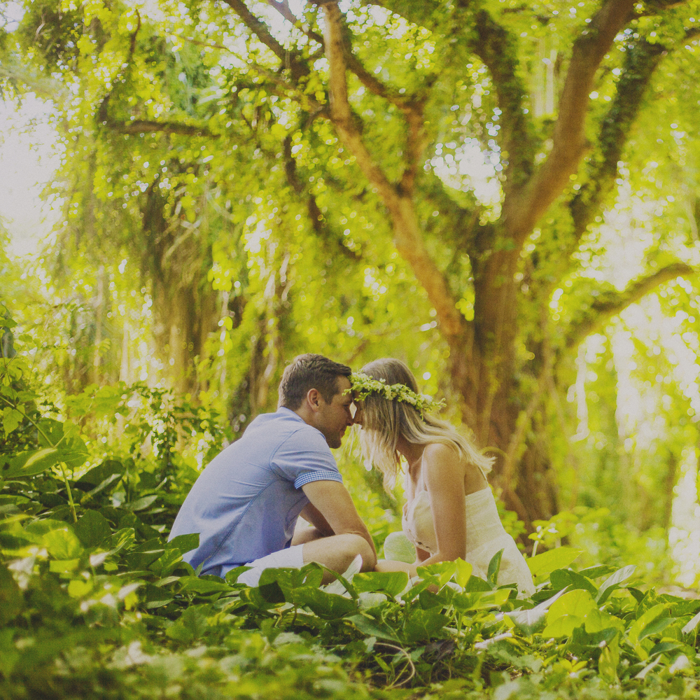 angie-diaz-photography-west-maui-forest-reserve-elopement-3.jpg
