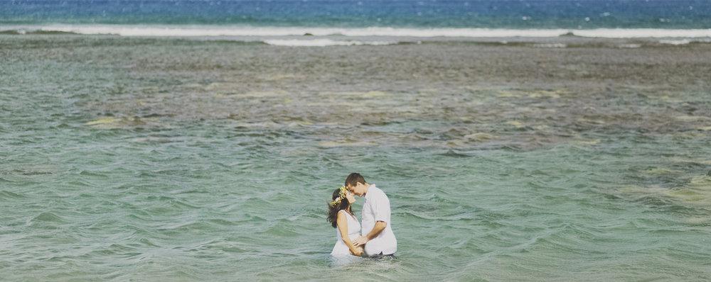 angie-diaz-photography-maui-maternity-lahaina-baby-beach-16.jpg