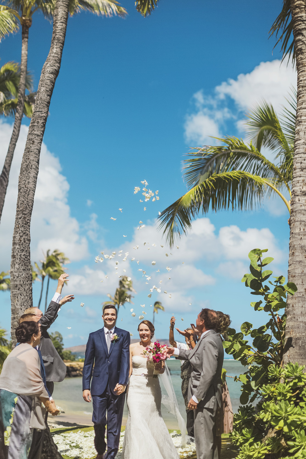 Hawaii destination beach Wedding Photographer_143.jpg
