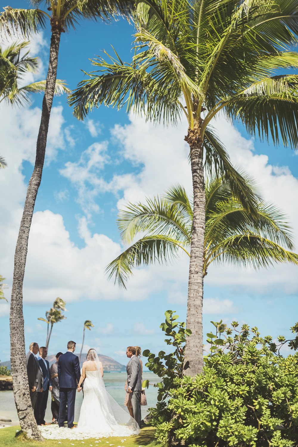 Hawaii destination beach Wedding Photographer_136.jpg