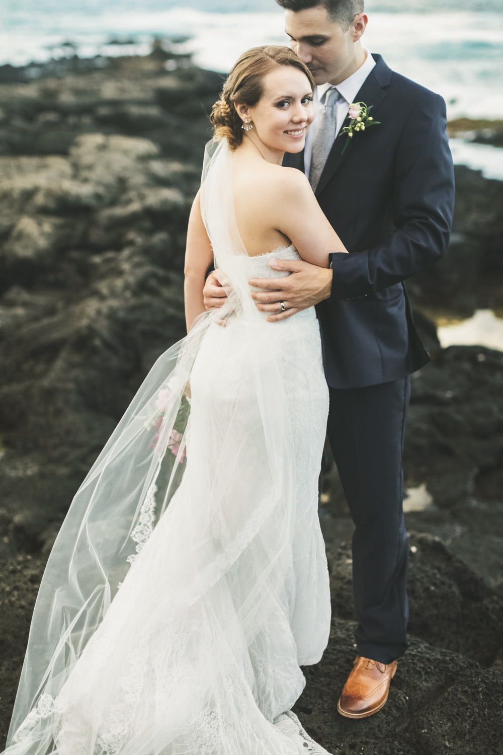 Hawaii destination beach Wedding Photographer_3.jpg