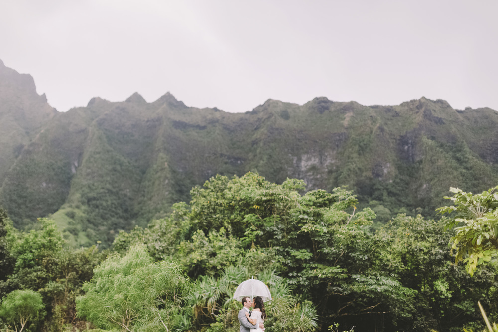 Hawaii destination beach Wedding Photographer_139.jpg
