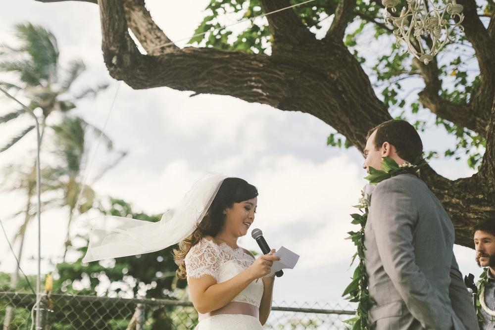 Hawaii destination beach Wedding Photographer_95.jpg