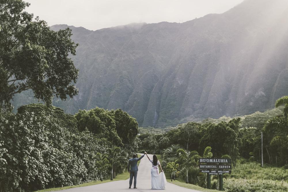 Hawaii destination beach Wedding Photographer_172.jpg