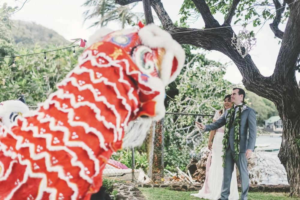 Hawaii destination beach Wedding Photographer_116.jpg