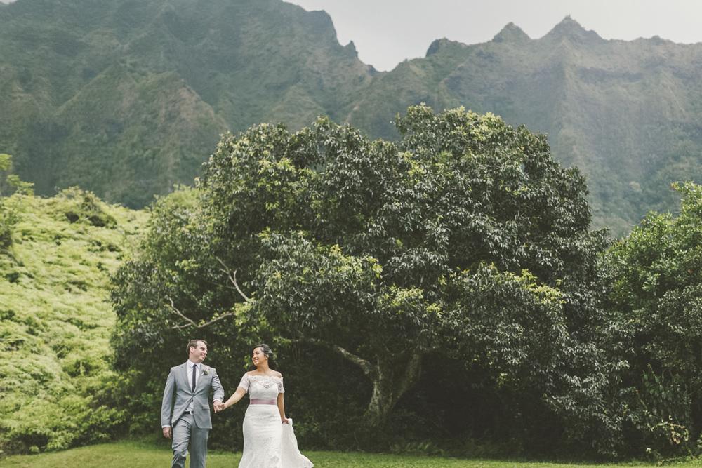 Hawaii destination beach Wedding Photographer_147.jpg