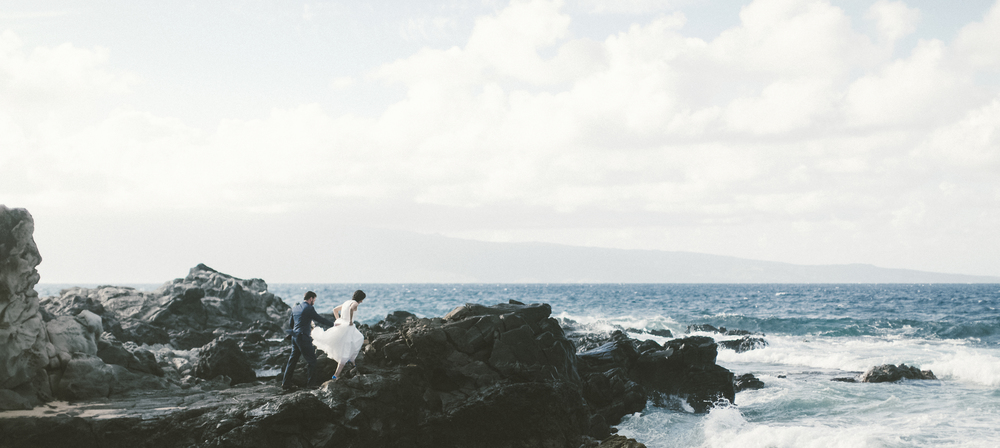 angie-diaz-photography-maui-wedding-ironwoods-beach-40.jpg