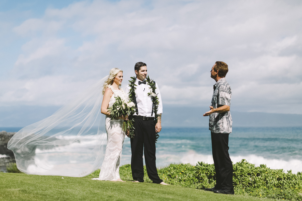 angie-diaz-photography-hawaii-wedding-13.jpg