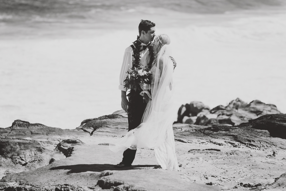 angie-diaz-photography-hawaii-wedding-46.jpg
