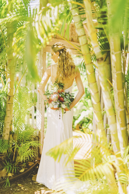 angie-diaz-photography-maui-wedding-45.jpg