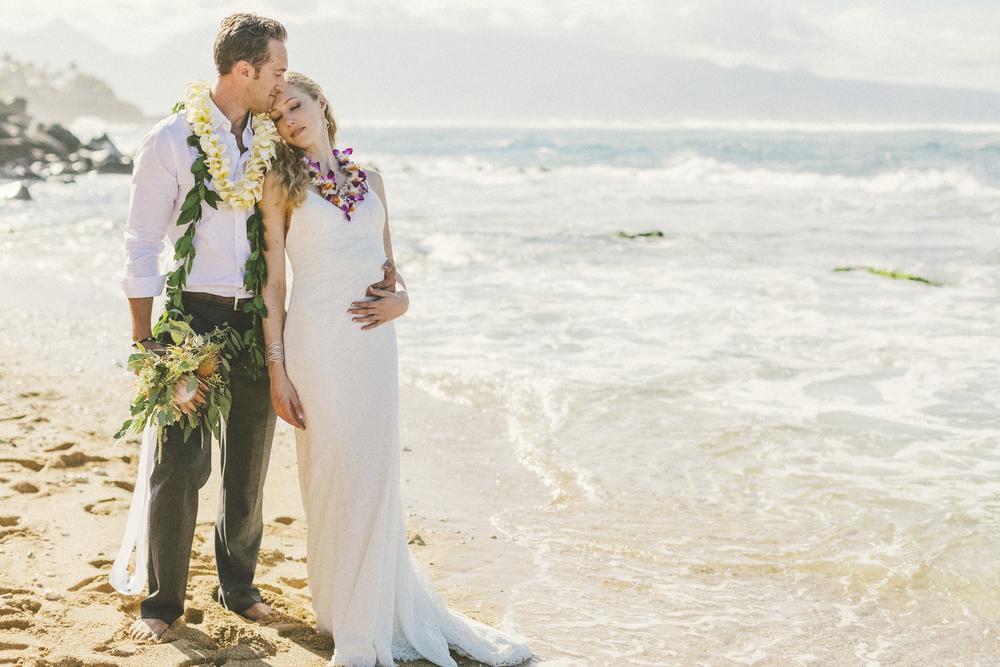 angie-diaz-photography-maui-wedding-83.jpg
