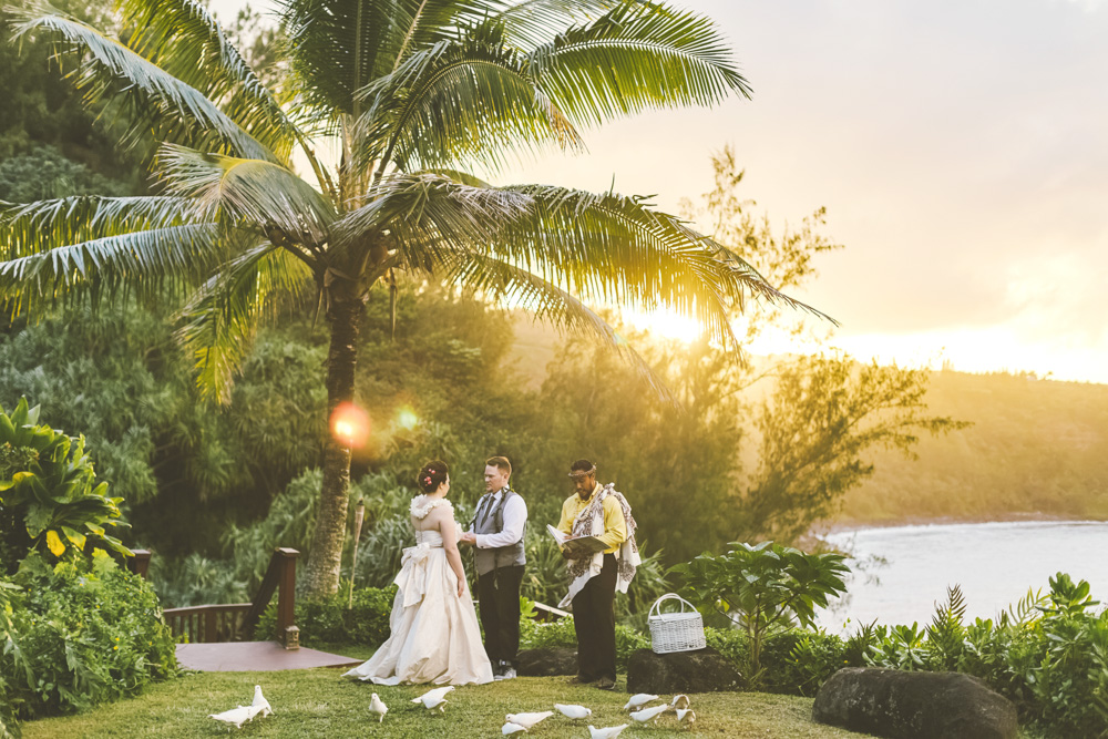 Maui hawaii photographer wedding inspiration_28.jpg