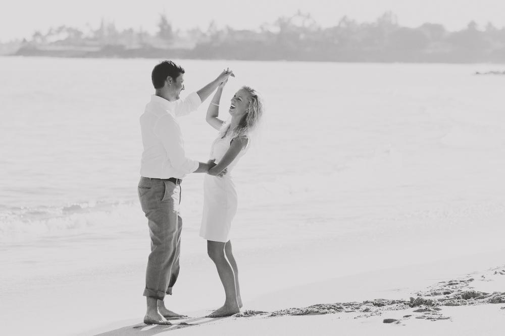 angie-diaz-photography-maui-honeymoon-4.jpg