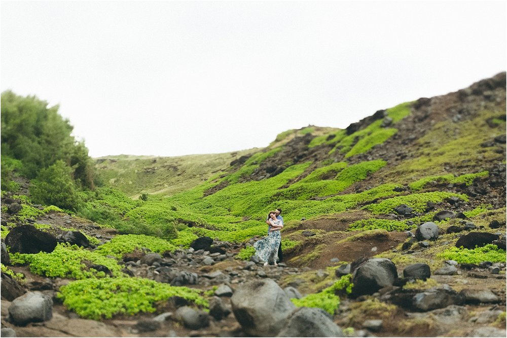 angie-diaz-photography-nakalele-blowhole-maui-wedding-day-after_0024.jpg