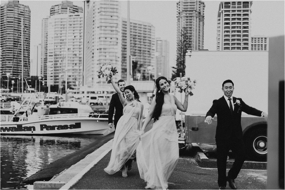 angie-diaz-photography-modern-honolulu-oahu-destination-wedding_0101.jpg