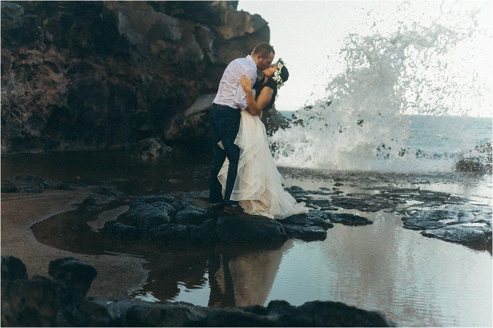 angie-diaz-photography-maui-wedding-nakalele-blowhole_0026.jpg