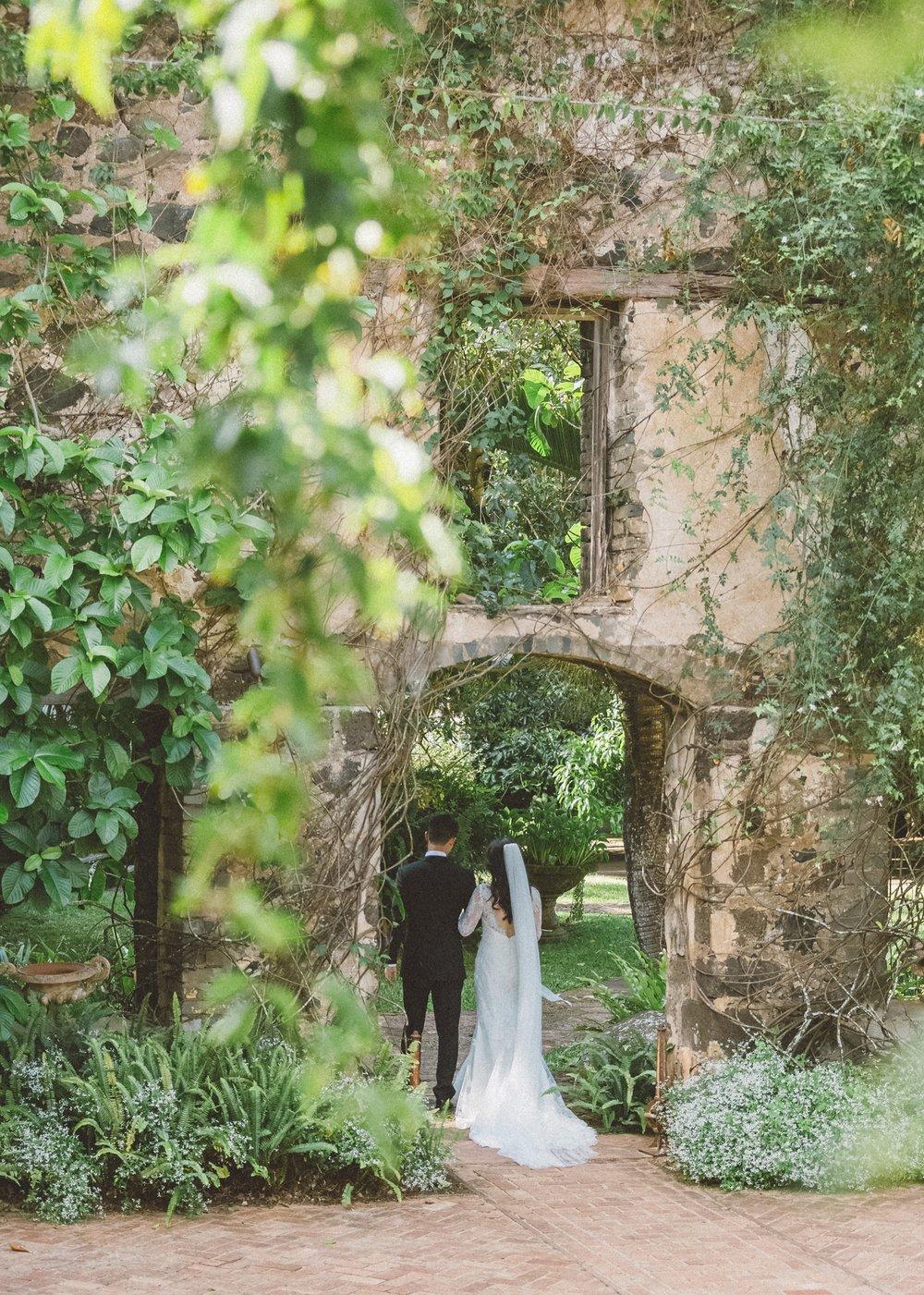 haiku mill destination wedding in Maui hawaii