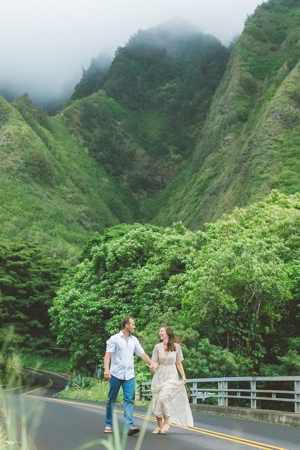 Maui iaho valley engagement love session, maui photographer