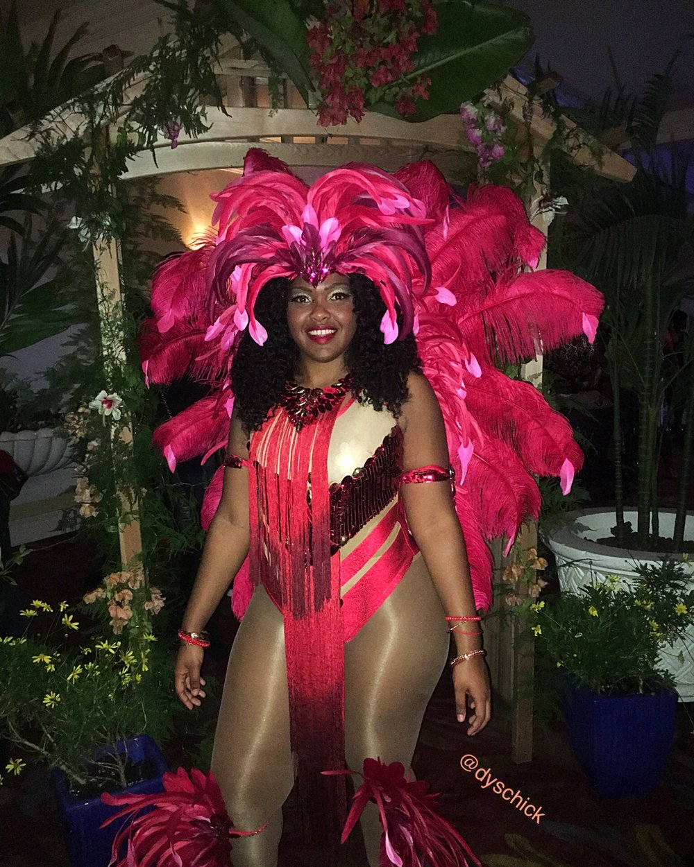 "Passion Band ""Size Sexy"" masquerader"