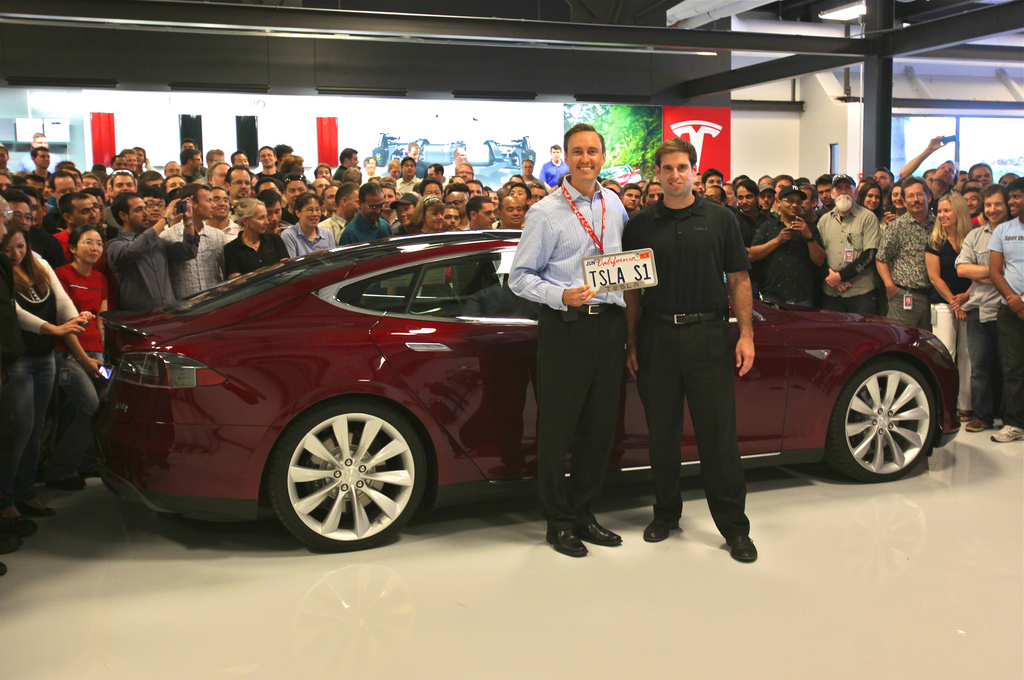 Tesla investor Steve Jurvetson drives off in the first Model S   By Katie Fehrenbacher,  gigaom.com    Tesla investor Steve Jurvet­son — a part­ner with Drap­er Fish­er Jurvet­son — drove off in the very first Model S elec­tric car recent­ly and just pub­lished this video and photo to prove it on his Flickr feed.  Jurvet­son has had his eye on the…