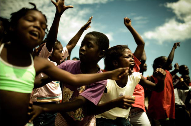 How The Most Viral Video In The History of Social Change Gave Uganda A Voice BY NATHANIEL WHITTEMORE, fastcoexist.com Agree or disagree with Invisible Children's message and methods, we're now engaged in a vast, social-media-fueled discussion about an incredibly complex socio-political issue. That's progress. A few nights ago, as you prob­a­bly have seen, a vid… The media campaign drew badly needed attention to the issue. Draw your own conclusions about the organization, but why not celebrate their ability to build awareness and leverage it to support any campaign that has a shot at making a difference.