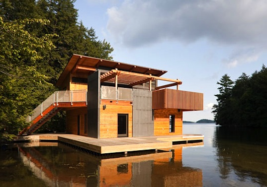 Christopher Simmonds' Beautiful Sustainable Boathouse Sits Peacefully on the Waters of Muskoka Lake | Inhabitat - Green Design Will Save the World Yuka Yoneda 6 Green Ways to Ward Off the Winter Blues (a.k.a. Seasonal Affective Disorder) WINDOWHOP It's easy to get depressed when your work schedule has you getting less sun than Edward Cullen (you've got the sickly pallor to match and it's not nearly as sexy on you). If you're lucky enough to at least have a window in your workspace, open those shades and try to angle your desk […] READ MORE >, inhabitat.com Christopher Simmonds has given an already gorgeous boathouse in Canada a sustainable upgrade that we can't help but envy. The original boathouse located on Muskoka Lake north of Toronto was feeling a little cramped, so the designer g… Sweet crib