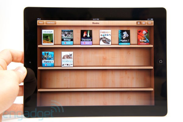 Report: Apple sees 350,000 textbook downloads within three days after iBooks 2 debut   Amar Toor,  engadget.com    Apple has yet to release any offi­cial num­bers, but early returns on its new iBooks text­book store are look­ing pret­ty promis­ing. Accord­ing to Glob­al Equi­ties Research, more than 350,000 text­books were down­loaded with­in three days of the…     Wow