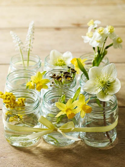DIY tie mason jars together for floral containers.jpg