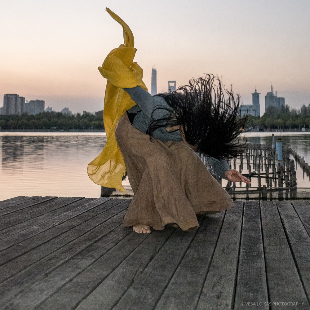 'YELLOW #2' Bright Lake, Century Park, Pudong, Shanghai, China - 2014 - dancer: Yun Cheng