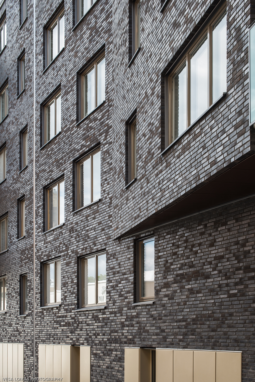 Bricks have been used since circa 5000 BC and are used effedctively in this this residential apartment building facade in south-west of central Stockholm.