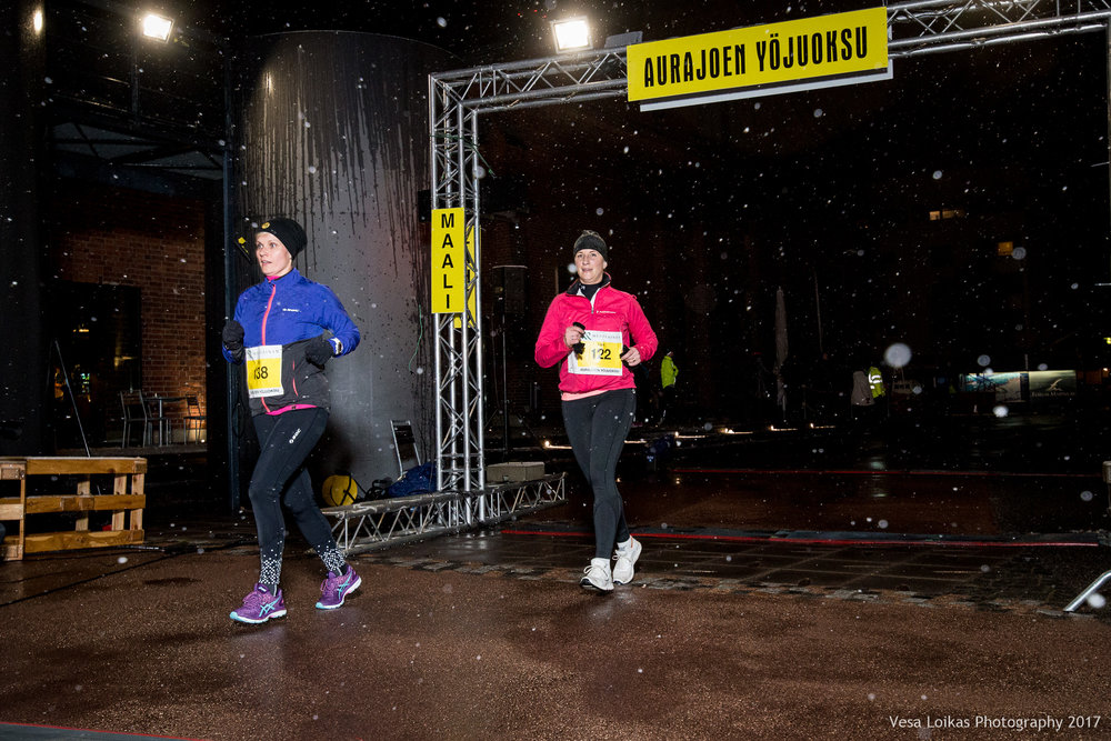 002_Aurajoen_Yojuoksu-2017_FINISH_photo_VESA_LOIKAS_PHOTOGRAPHY.jpg
