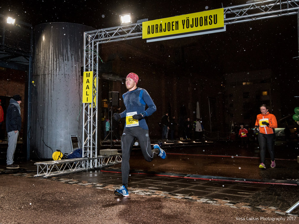 034_Aurajoen_Yojuoksu-2017_FINISH_photo_VESA_LOIKAS_PHOTOGRAPHY.jpg