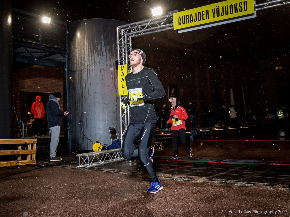 036_Aurajoen_Yojuoksu-2017_FINISH_photo_VESA_LOIKAS_PHOTOGRAPHY.jpg