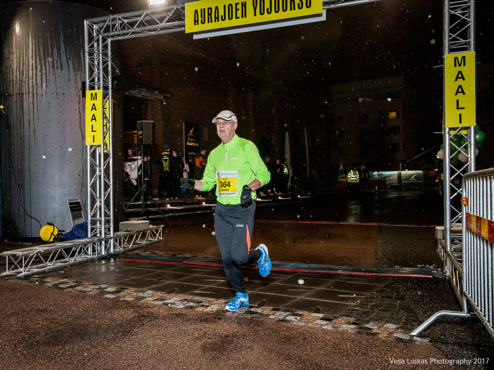 059_Aurajoen_Yojuoksu-2017_FINISH_photo_VESA_LOIKAS_PHOTOGRAPHY.jpg