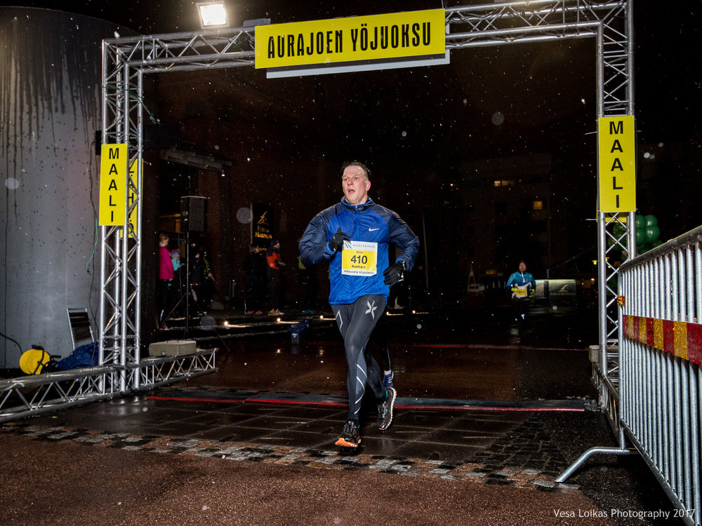 065_Aurajoen_Yojuoksu-2017_FINISH_photo_VESA_LOIKAS_PHOTOGRAPHY.jpg