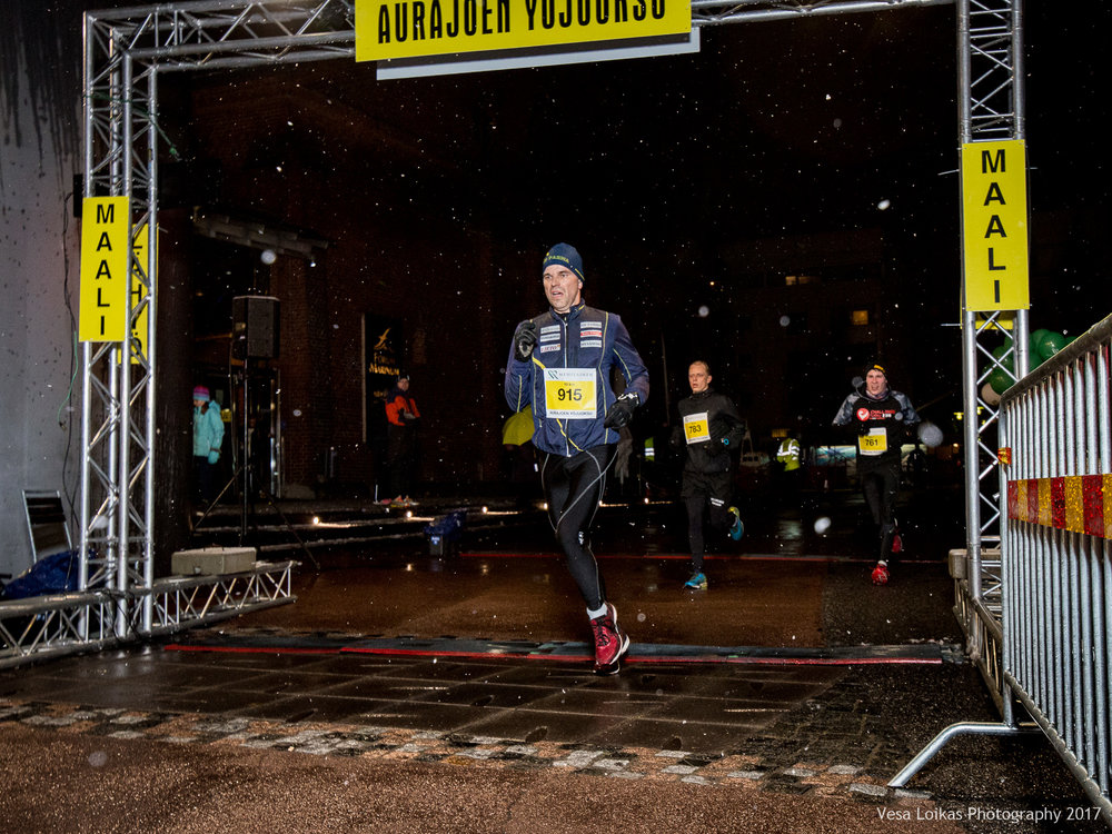 070_Aurajoen_Yojuoksu-2017_FINISH_photo_VESA_LOIKAS_PHOTOGRAPHY.jpg