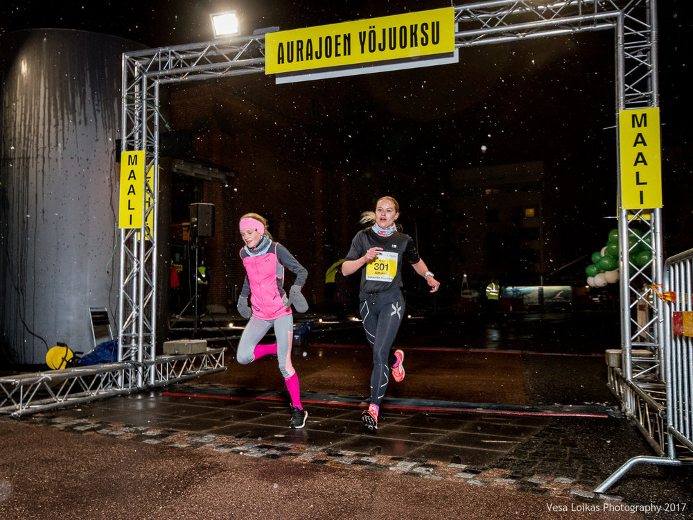072_Aurajoen_Yojuoksu-2017_FINISH_photo_VESA_LOIKAS_PHOTOGRAPHY.jpg
